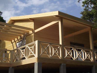 casa lemn Hutin 1